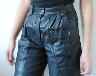Year black leather 80s/90s shorts