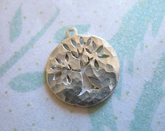 Shop Sale.. 1 2 5 10 pc, Tree Pendant Charm, Sterling Silver Family Tree of Life, Solid, 15.5x14 mm, Small, Hammered, solo art tol14