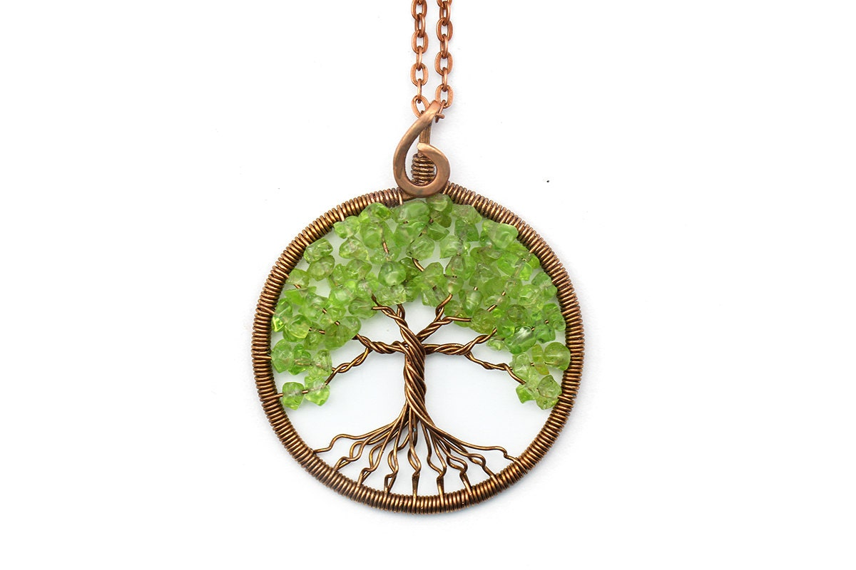 jewelry product in tree of life gallery gold metallic normal lyst sequin necklace