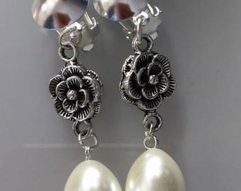 Flower and White Pearl clip earrings