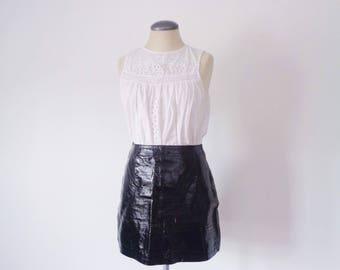Vtg 90s GENUINE PATENT LEATHER Mini Skirt! Small to Medium