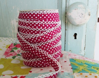 Raspberry Polka Dot Crochet Edge Double Fold Bias Tape (No. 21)