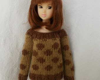 sweater with pois for Momoko, but available for any kind of dolls (blythe, barbie, fashion royalty, pullip, bjd...)