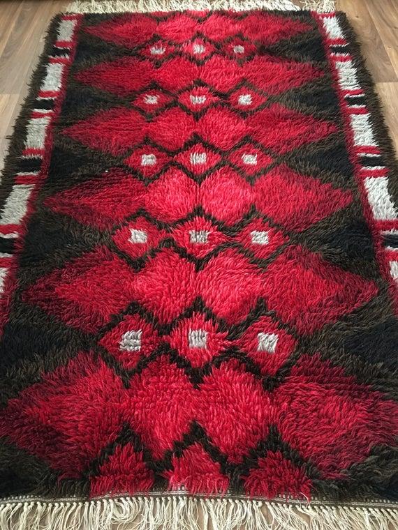 Vintage Swedish shagpile wool ryamatta rug circa 1960's red diamond pattern 173 x 114 cm
