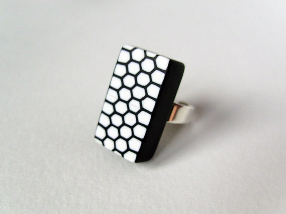 Black and white ring - rectangular - geometric - Honeycomb - pattern - sterling silver and polymer clay