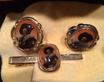Stratton Laughing Cavalier Cuff Links and Tie Clip