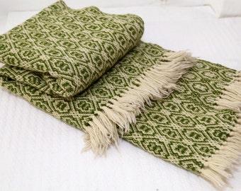 Handmade Leaf Green Wool Throw