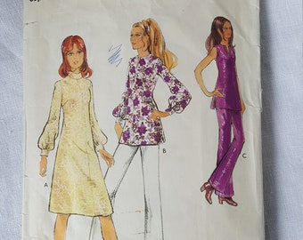 Vintage 1970s dress pattern.  Style 3288.  Dress or tunic and trousers.  Size 34 inch bust.  1971