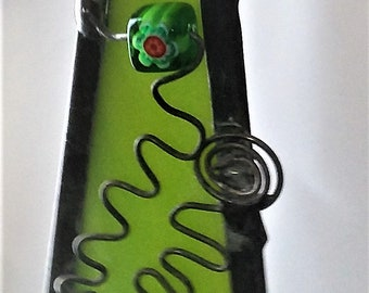 "Green Stained Glass Dazzler 2-5/8"" x 1-1/4"""
