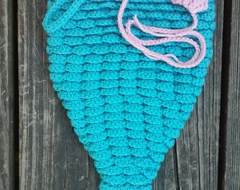 custom made crochet mermaid tail, shell top, and headband set. Little mermaid photo prop halloween costume set size 0-6months