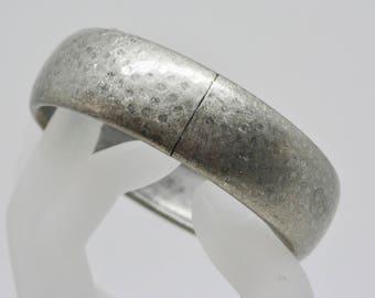 Lovely aluminum bangle bracelet