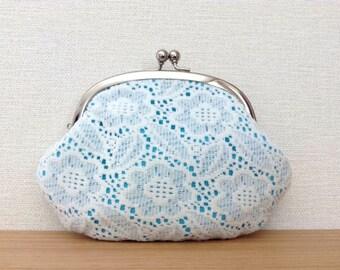 White Lace Flowers - Metal frame coin purse /turquoise blue/zakka/flower power/gift/clutch purse/sky blue/kiss lock purse/