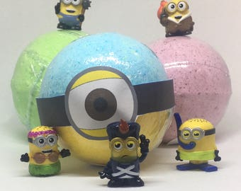 8 oz Surprise Inside Minion Inspired Bath Bomb