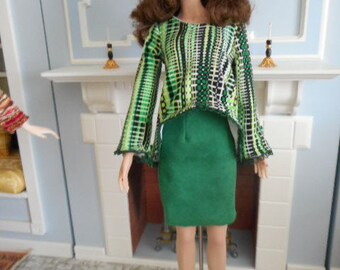 "Separates in Greens- Trapeze Top, Faux Suede Skirt, Beret, and Socks for 16"" dolls"