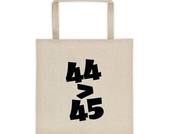44>45 Tote bag