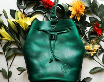 Beautiful emerald Harbor bucket bag made from Horween leather and ready to ship. Super unique and one of a kind.