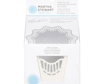 Martha Stewart Circle Edge Punch - Wavy Stripe cartridge