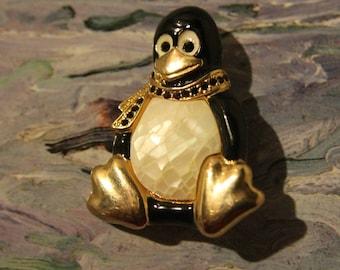 Vintage Penguin with Jeweled Scarf, Liz Clayborne, Enameled, Gold Toned