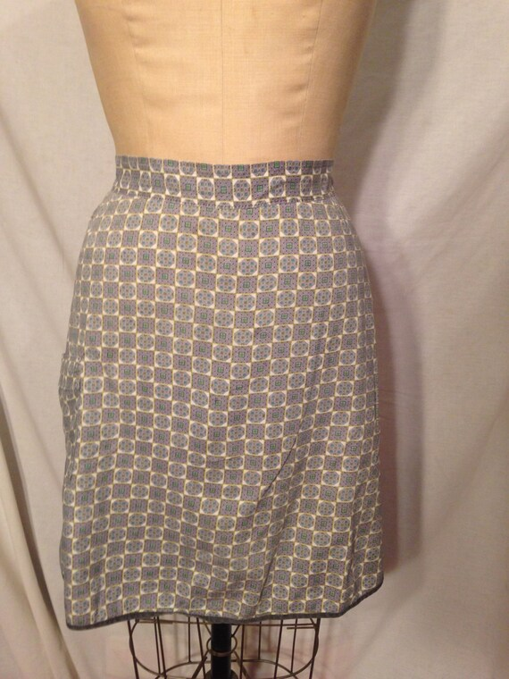Abstract Squares Pocketed Apron 60s