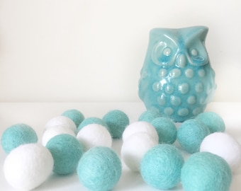 Beautiful Felt Ball Garland ~ Aqua Pom Pom Garland~ Nursery Decor~ Wall Hanging ~ Kids Decor