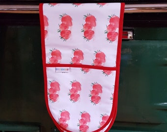 Oven gloves, Oven gloves with fruit on, Strawberries print oven gloves, Strawberry designs, Prints of Strawberries. red fruit oven gloves.