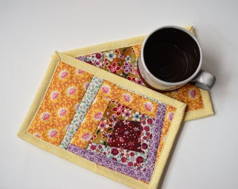 Yellow floral mug rugs