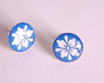White rosette, Royal Blue ear studs