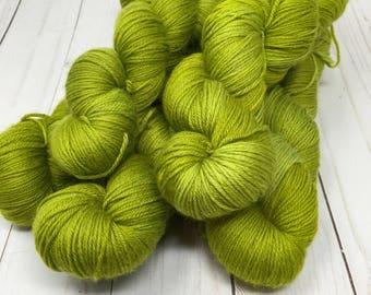 Hand Dyed Yarn on Merino cashmere Nylon MCN Green - Clover