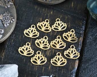 set of 50, lotus buddha charms, gold charm, metal charms, 18mm x 16mm, disc charm, circle lotus charms, buddha charms, yoga charms