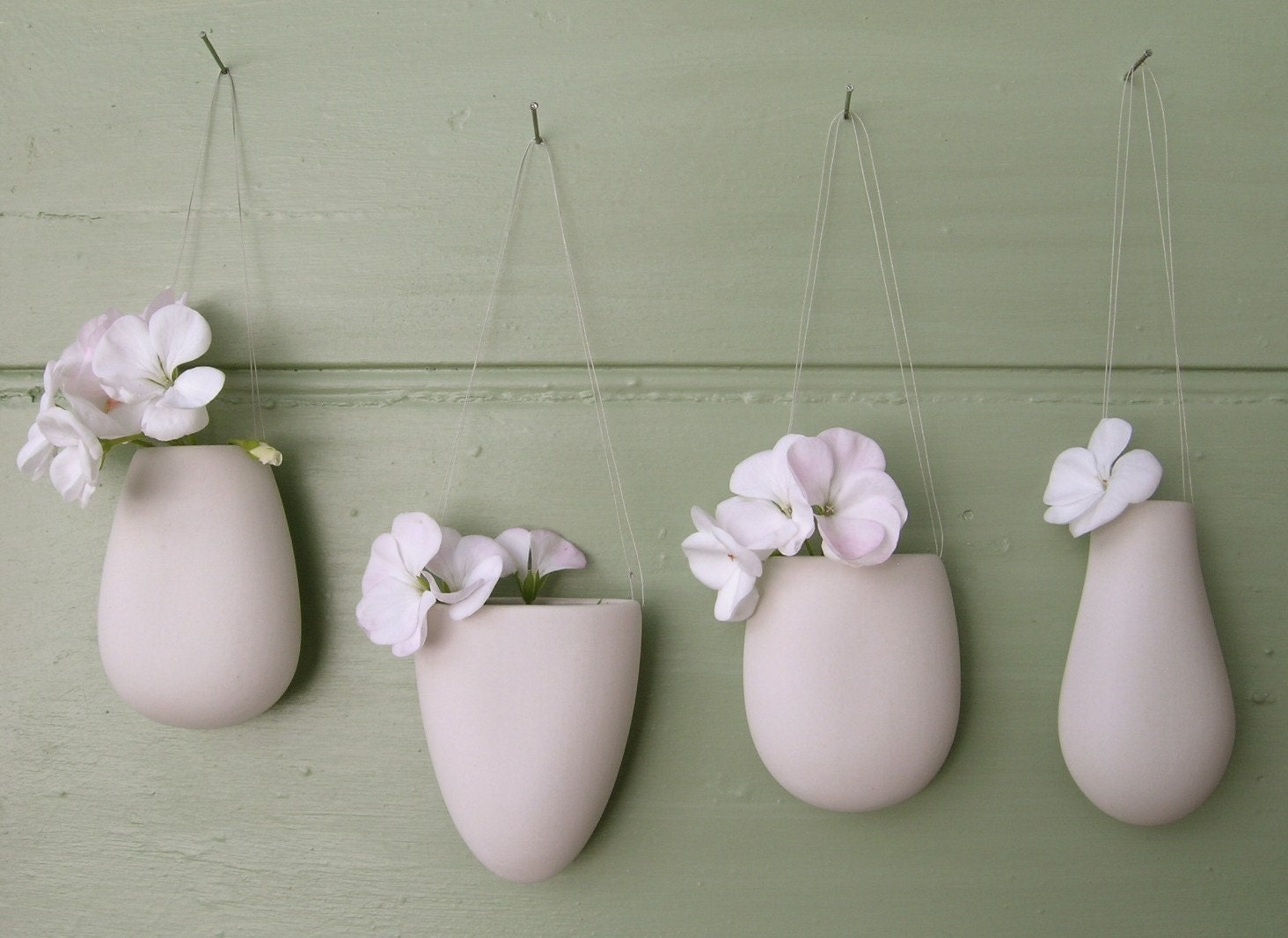 Hanging vase one x dinky porcelain 4 shapes small pod wall zoom reviewsmspy