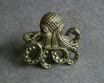 Cast Iron Octopus Knob   Kraken Door Knob   Cast Octopus Cabinet Knob Or  Drawer Knob