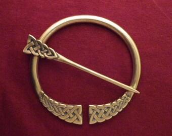 Knotwork Penannular Brooch