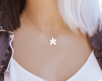Beautiful, Gold flower, Necklace, Flower, Necklace, Best friends, Birthday, Friendship, Gift, Jewelry, Layering Necklace,Minimalist Necklace