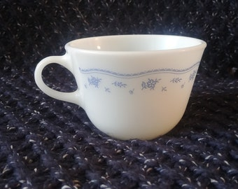 Pyrex Morning Blue Cup