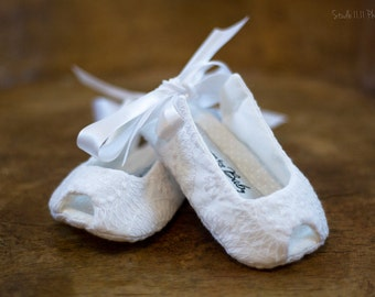 SALE White Christening Shoes // baby girl baptism shoes toddler girl shoes baby sandals girls sandals - Lily