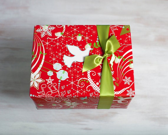 red recycled gift wrap designer wrapping paper eco friendly. Black Bedroom Furniture Sets. Home Design Ideas