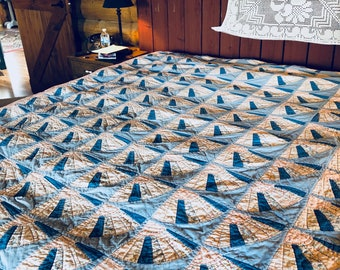 no. 5003 vintage fan quilt in pinks and blues