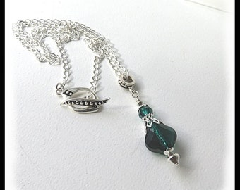 May birthstone jewelry, Emerald Swarovski crystal necklace, birthstone jewelry, Green necklace, Emerald jewelry, gifts for her, Mother's Day