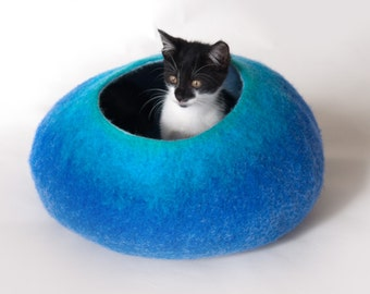 Cat Nap Cocoon / Cat Cave / Cat Bed Furniture House Vessel - Hand Felted Wool - Crisp Cutomisable Design - READY TO SHIP Teal to Blue bubble