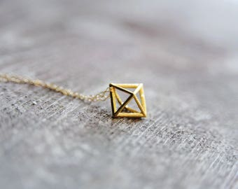 modern minimalist geometric gold diamond necklace.