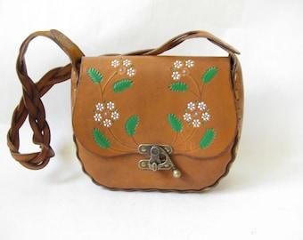 Vintage 70s Tooled Leather Boho Purse