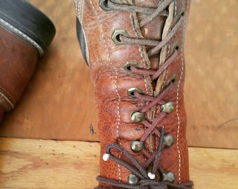 Vintage Justin Workboots Brown Leather Western Boots with Kelties