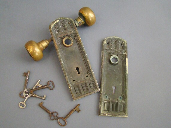Sargent U0026 Co Door Plates; Architectural Salvage; Door Knob Back Plates;  Brass Door Plates; Vintage; Antique Hardware; Sargent Oxford Belfort From  ...