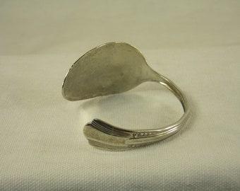 BEAUTIFUL Hammered  - 1940 Lady Betty Silver Plate Silverware Spoon Bracelet