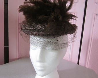 1940s Brown Straw Hat with Veil and Feathers