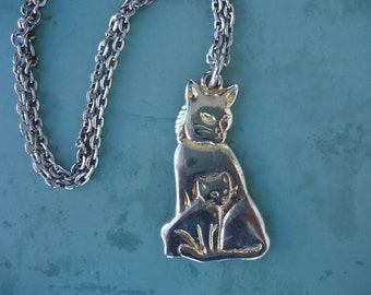 Large Goldtone Cat Pendant Necklace