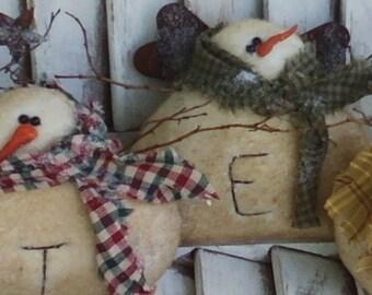 Winter Gathering Snowman Set -  Primitive Christmas Winter Gathering - Primitive Snowman - Primitive Cloth Snowman  - Christmas Snowman
