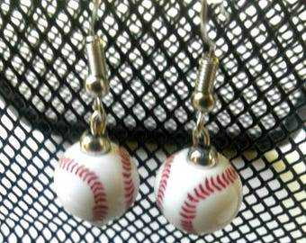 baseball earrings -  sports jewelry - baseball fan - baseball mom - baseball bead - team sports  - sports jewelry - sports Mom -  team gift