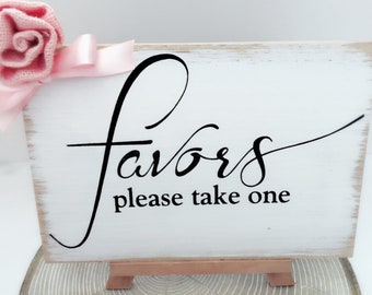 NEW  Wedding Favors Sign~ Rustic Wedding Gifts and Cards Sign~Presents Sign~Rustic Wedding Favors~Wedding Signs~Bridal Shower Favors Sign