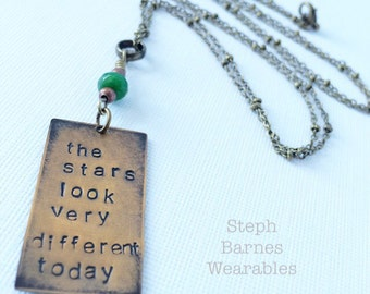 David Bowie necklace in bronze with green glass detail